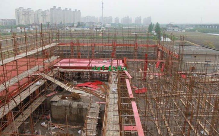 建筑模板安装