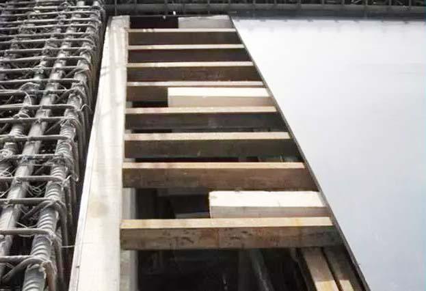 高层模板建筑建设中