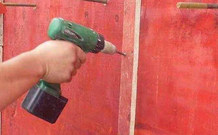 建筑模板使用次数关乎使用人员的工作基本素养