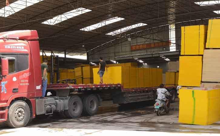 广西模板厂家直销-松木建筑模板