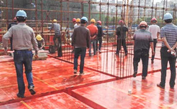 建筑模板行业中挣扎了多年的企业家