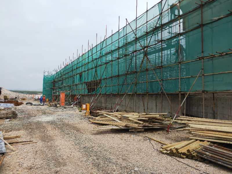 覆膜建筑模板在工程中